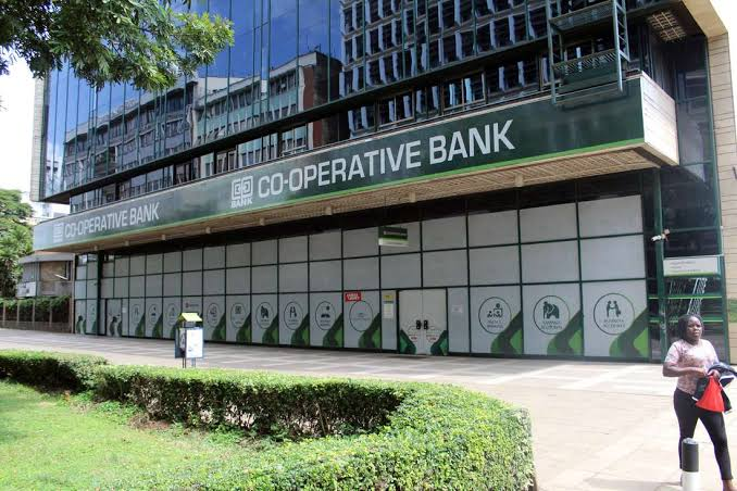 IFC partners with Co-op Bank and Phillips to help African Health providers access essential medical equipments