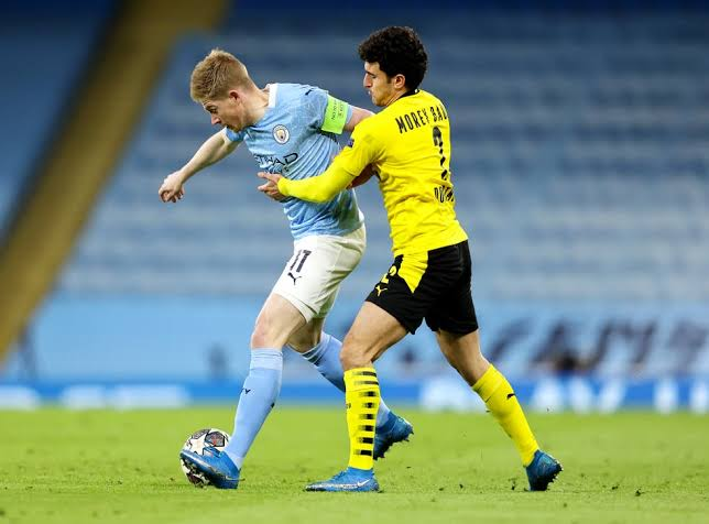 Man City and Borussia Dortmund clash hailed to be electric! Mozzart Bet offers World's Biggest Odds!