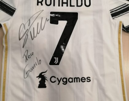 Cristiano Ronaldo sends a signed Juventus jersey to help 8yr old Gavril get treatment
