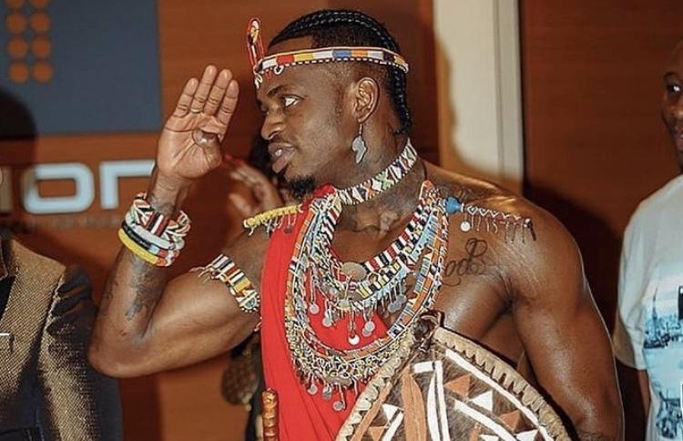 Simba kama Simba: Diamond Platnumz leaves everyone staring with his stunning Maasai attire at BET awards (Photos)