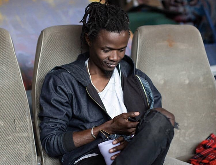 Juliani gets emotional while responding to fan who called him 'Ugly'