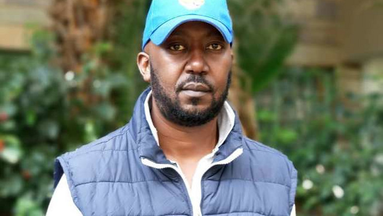 Women Are Becoming Uncontrollable- Andrew Kibe Reacts To Viral Video Of Women Throwing Stones At A Taxi Man (Video)