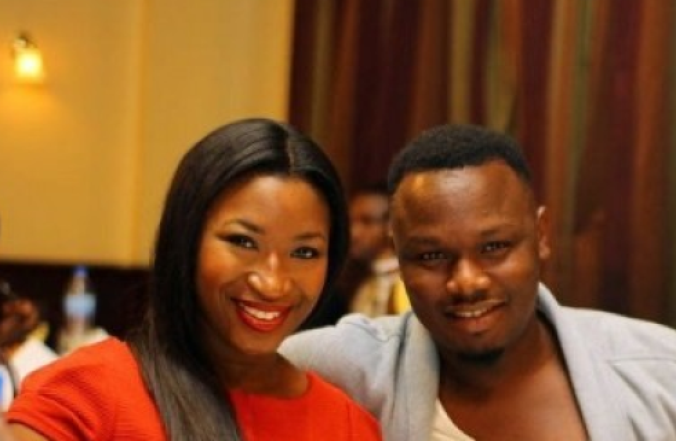 Dr Sid's wife, Simi Esiri pictured without her wedding band