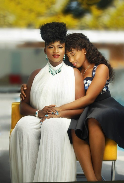Read friendly chat between singer Waje and her daughter
