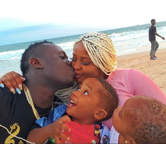 Duncan Mighty shares photo of family time