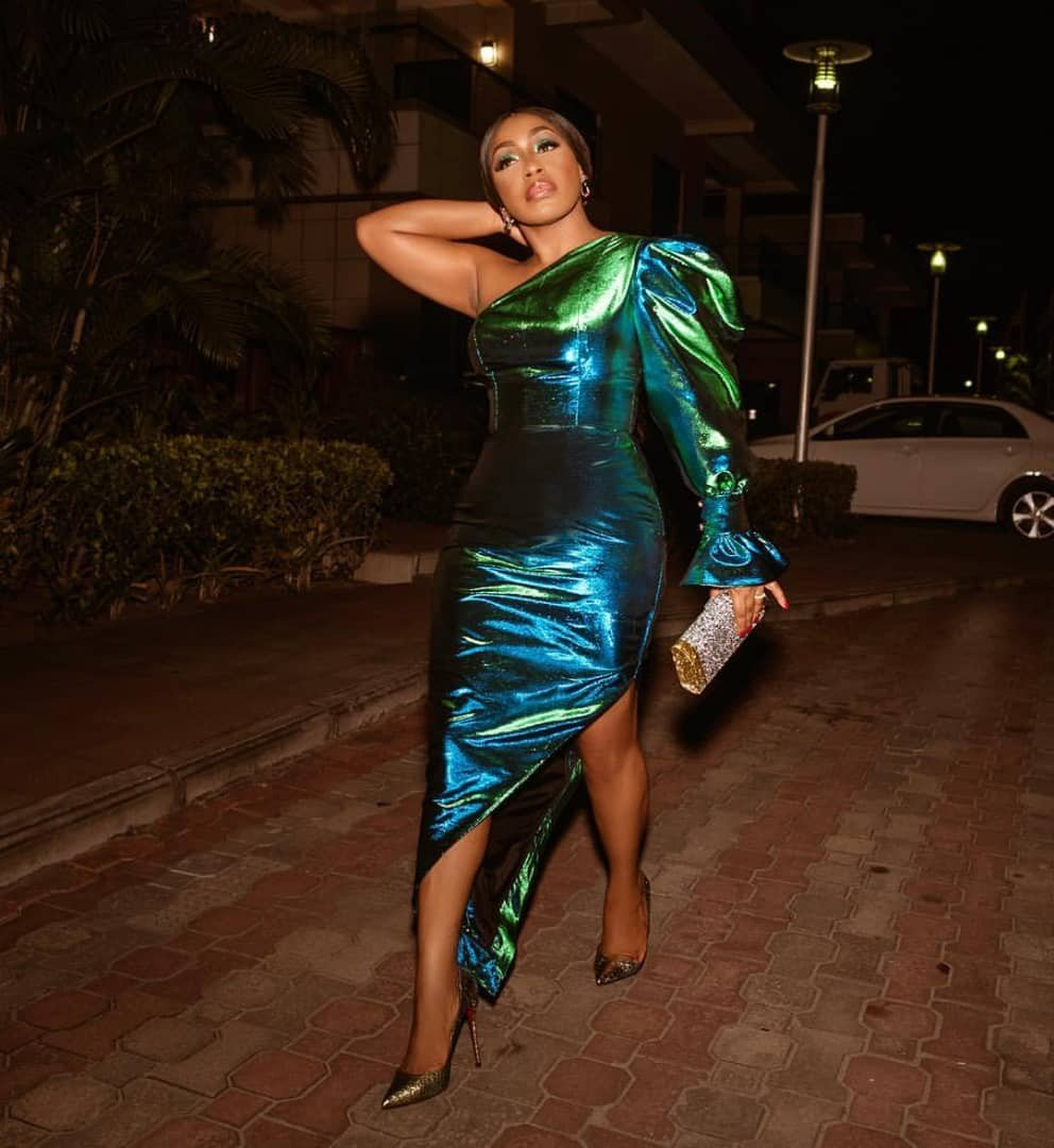 Rita Dominic looking all shades of cute in this mono strap dress