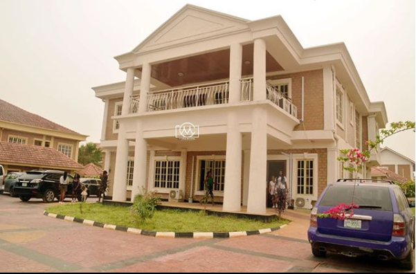 Akpororo becomes a proud owner of a house in Amen Estate
