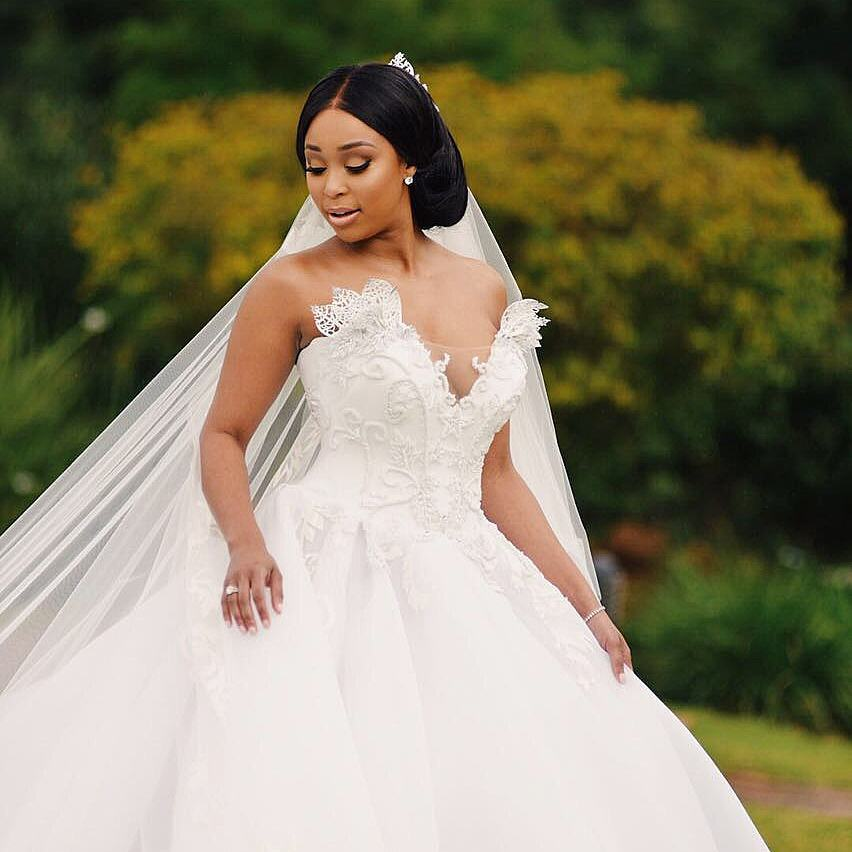 Our Perfect TBT:Minnie Dlamini wedding dress - Ghafla! South Africa
