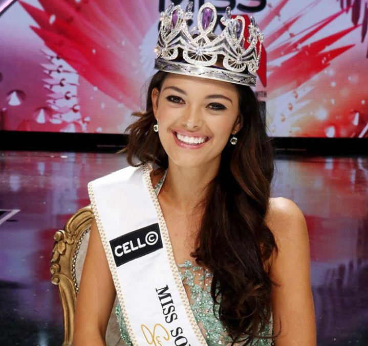 Miss Southafrica is a ray of sunshine in Vegas (Pics)