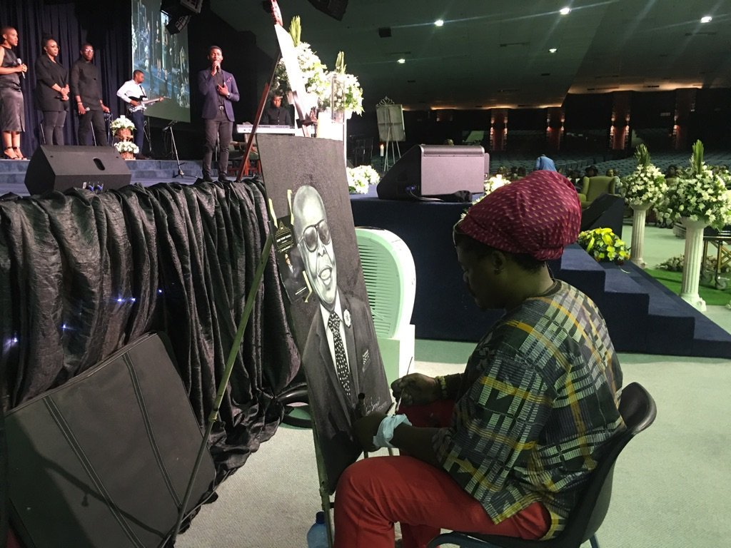 Emotional tributes for #RobbieMalinga at funeral