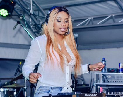 Watch DJ Zinhle dance to AKA's song