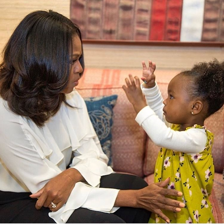 Michelle Obama shakes it off with two-year-old fan