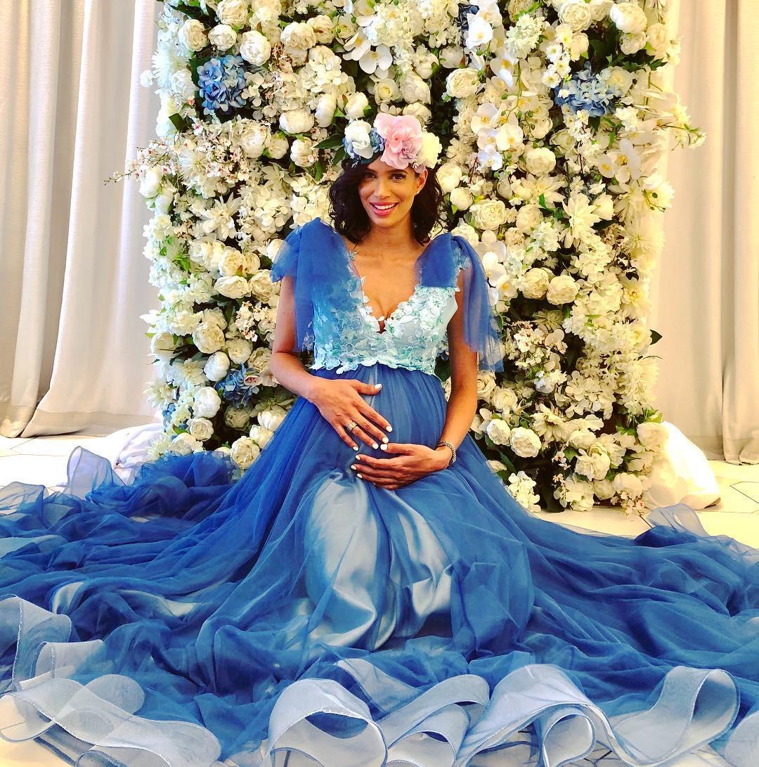 Former Miss Sa Tatum Keshwar Holds Baby Shower Photos Ghafla