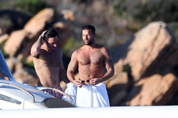 Photos: Ricky Martin and husband enjoying time on yacht