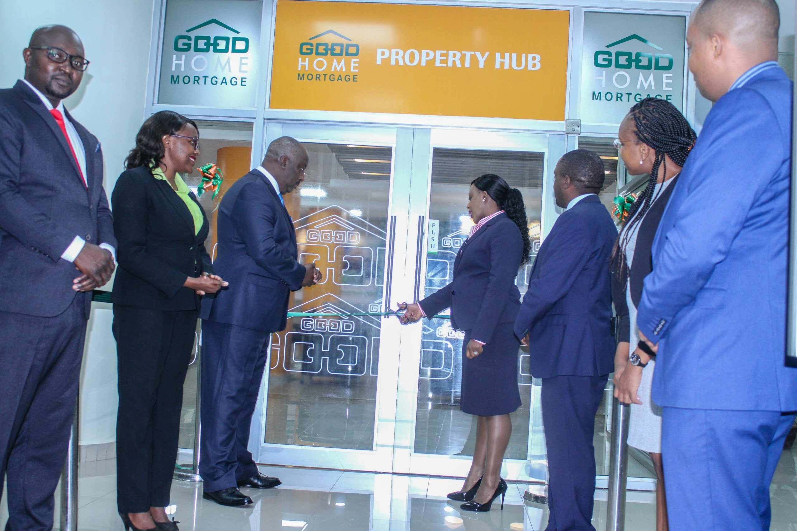 Chris Chege, the Head of Mortgage Finance at Co-operative Bank and Jacquelyne Waithaka, the bank's Director of Corporate & Institutional Banking launch the GoodHome Property Hub at KUSCCO Center, Upperhill on 28th September 2020. Looking on are Patrick Macharia, the Property Hub Manager and other members of staff who serve customers at the Property Hub.
