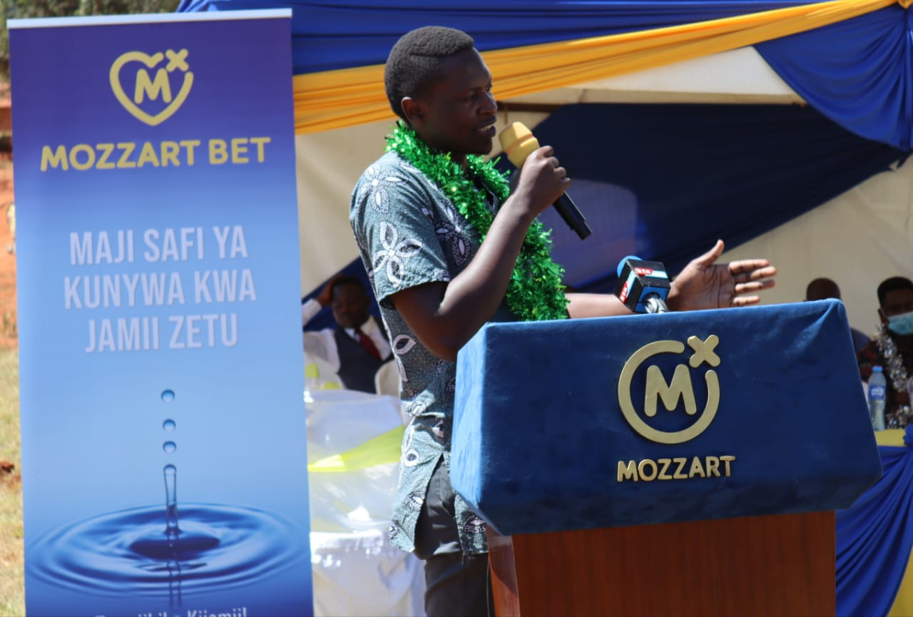 Mozzart Marketing Manager Frank Ochieng speaks during the commissioning event.