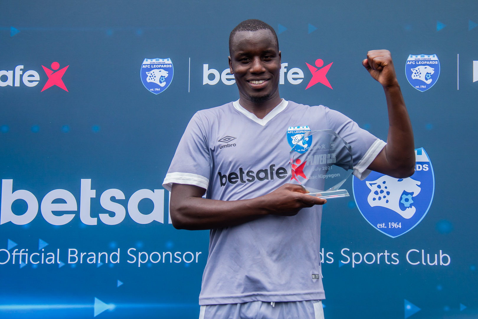 Isaac Kipyegon scoops Ingwe Player of the Month