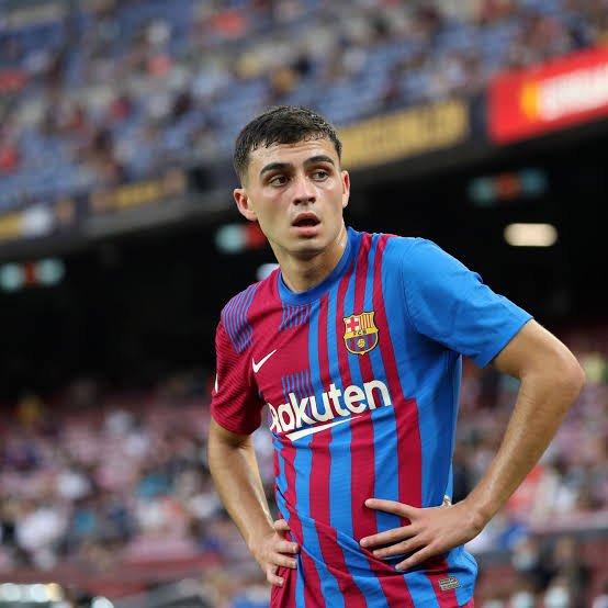 Barca and Man Utd face off with arch rivals as Mozzartbet offers biggest odds!