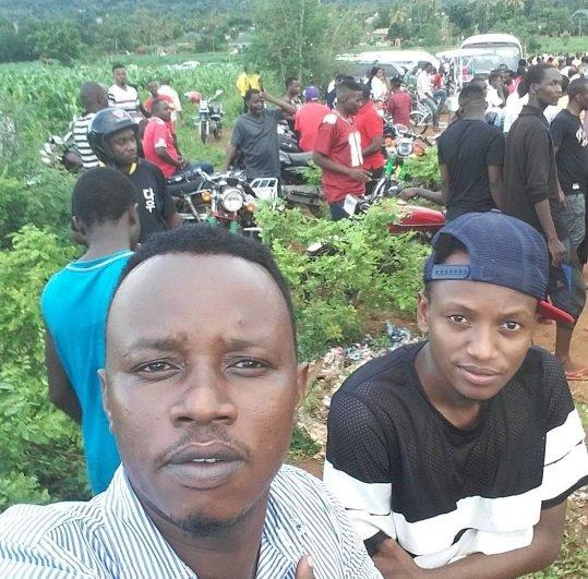 Mastaa wa Bongo wajitokeza kwa wingi kumzika baba ya Bella 9