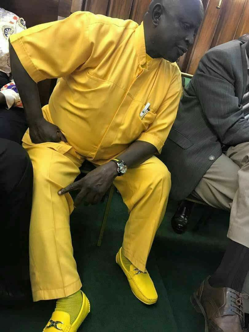Abiriga fined 40k for Urinating on the Road Side