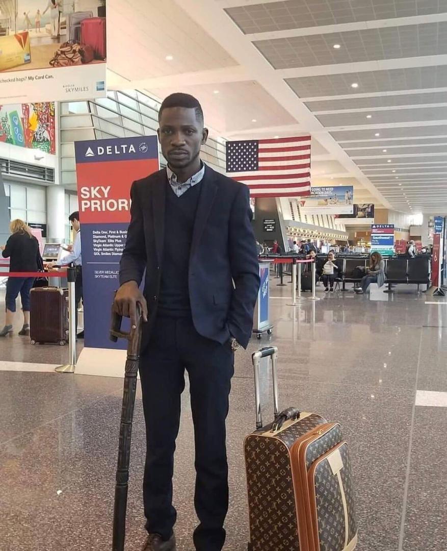 Bobi Wine's Expensive suitcase Confuses Andrew Mwenda