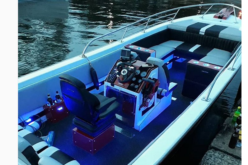 """Peter Miles Adds New Speed Boat, """"Panther"""" to his Company"""