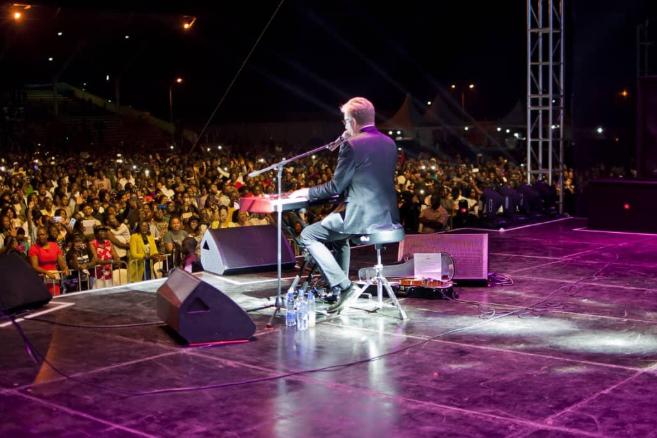 PICTORIAL ! Sensational Worship Leader DON MOEN shuts down Kololo
