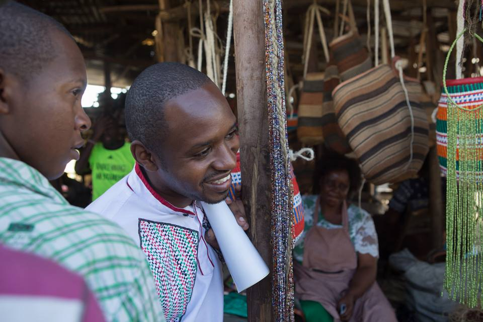 Wow kumbe Kenyans are this generous! Boniface Mwangi discloses the amount of money he has received in donations from Kenyans