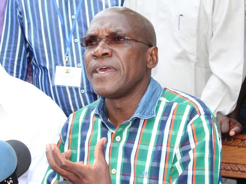 Drama as Kakamega Senator Boni Khalwale claps back at twitter user who asked that he show his mpango wa Kando after he posted a photo in a hotel bed full of rose petals