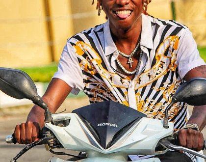 """""""Sasa Nafanya Muziki Kwaajili ya Wanawake"""" Country Boy"""