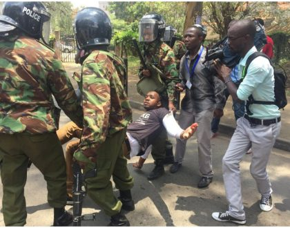 Boniface Mwangi suffers burn mark as police attack peaceful protesters at Uhuru Park (Photos)