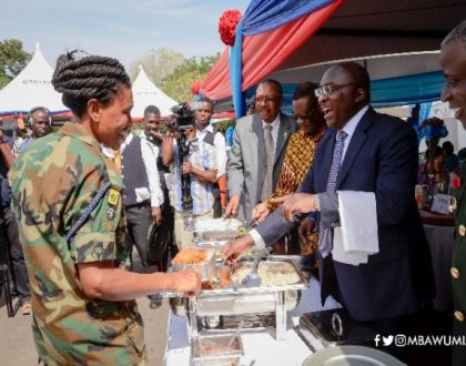 Vice President, Bawumia Serves Military Officers Lunch