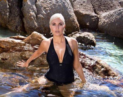 Liezel van der Westhuizen sexily tans body(Photos)