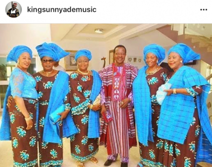 Nigerian Music Legend, King Sunny Ade shares photo with his five beautiful wives